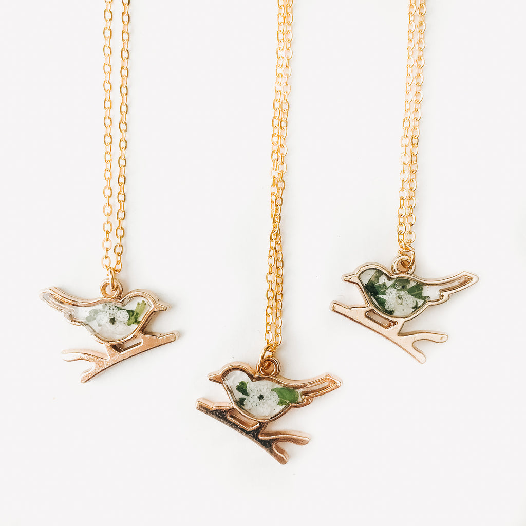 Sparrow Forget-Me-Not Necklace