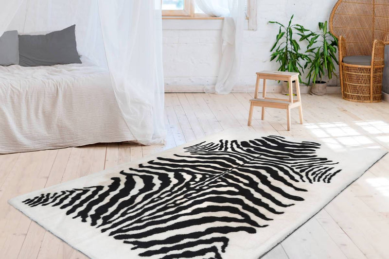 Woven Rug - Rabbit 400 Black and White