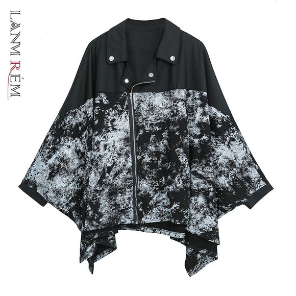 LANMREM 2020 new women clothes Zipper Bat long sleeve jackets Tide Personality loose big size Irregular casual print Coat YH761