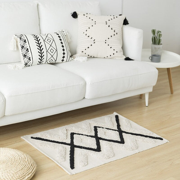 Hand Tufted Monochrome Geo Rug