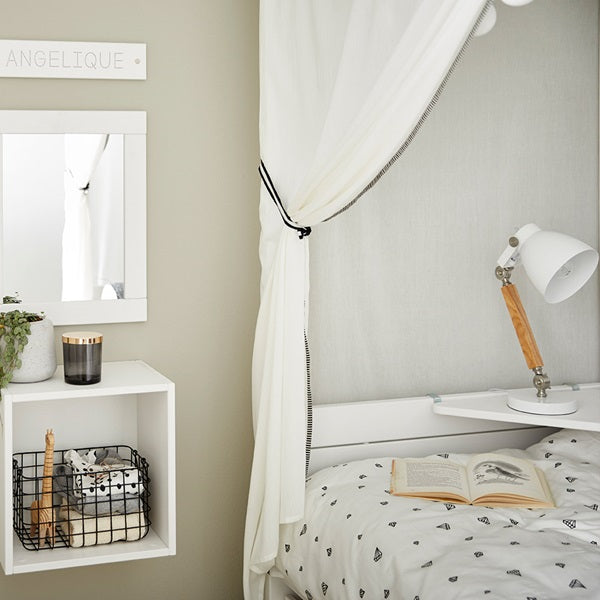 Lifetime Kidsrooms - Dottie Four Poster Bed