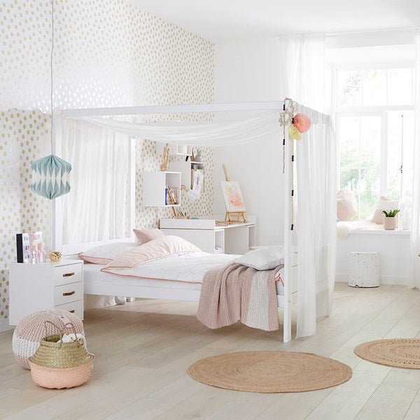 Lifetime Kidsroom - Dreams Luxury Four Poster Canopy Bed