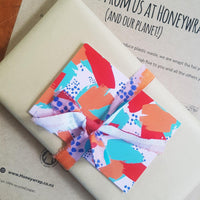 Sustainable Giftwrapping & Evie Kemp Card