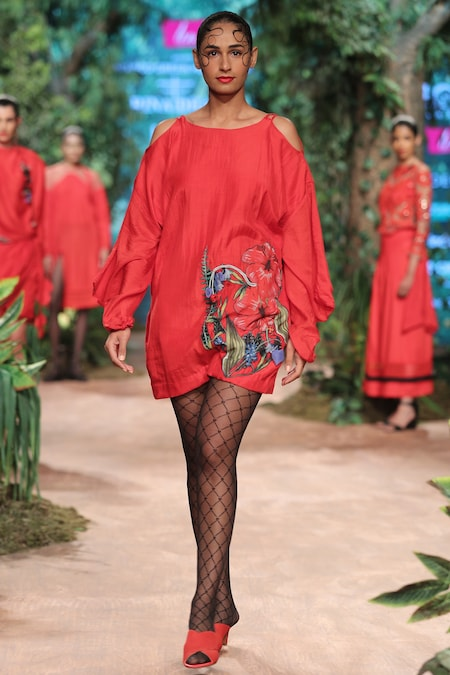 Red tunic dress with embroidery details