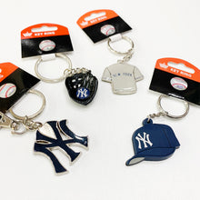 Load image into Gallery viewer, New York Yankees Keychain