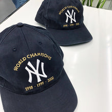 Load image into Gallery viewer, New York Yankees World Champions Snapback Cap