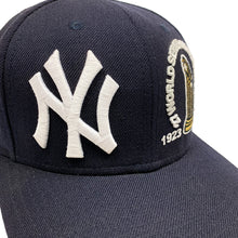 Load image into Gallery viewer, New York Yankees New Era 2009 WSC Vintage Fitted Cap