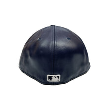 "Load image into Gallery viewer, New York Yankees New Era 59FIFTY Fitted ""Navy Leather"""