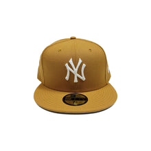 "Load image into Gallery viewer, New York Yankees New Era 59FIFTY Fitted Cap ""Camel"""