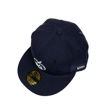 "Load image into Gallery viewer, New York Yankees New Era 59FIFTY Fitted Cap ""Apple-Navy"""