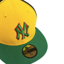 "Load image into Gallery viewer, New York Yankees New Era 59FIFTY Fitted Cap ""Rastafari"""
