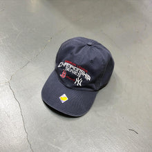 Load image into Gallery viewer, New York Yankees x Boston Red Sox 2004 Championship Series Deadstock Cap