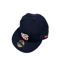 "Load image into Gallery viewer, New York Yankees New Era 9FIFTY Snapback ""Apple/World Championships"""