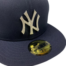 "Load image into Gallery viewer, New York Yankees New Era 59FIFTY Fitted Cap ""Diamond Rhinestone - Silver"""