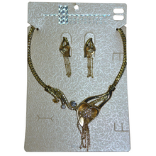 Load image into Gallery viewer, Necklace Set