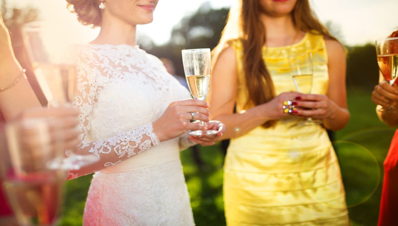 Bride's Guide: 4 Alternatives to a Champagne Toast