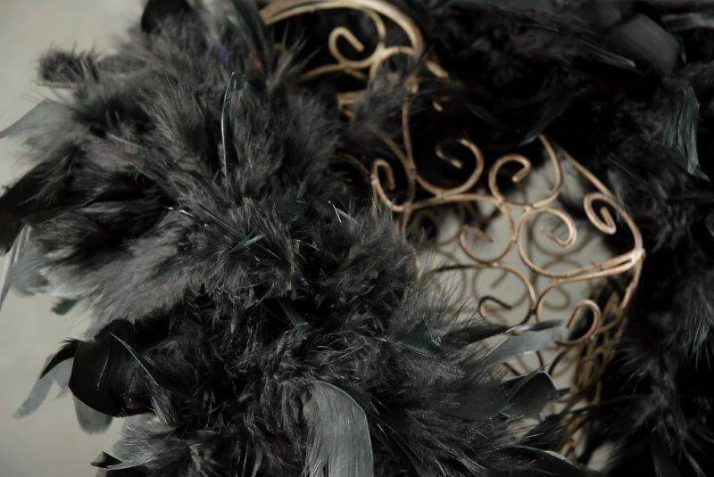 black feather boa 76 x 9 wide
