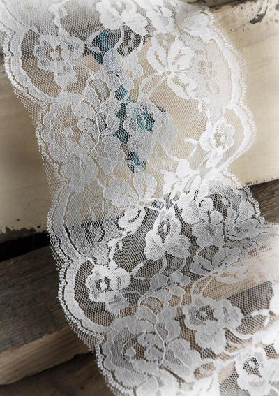 wide white lace ribbon trim 6 x 10 yards