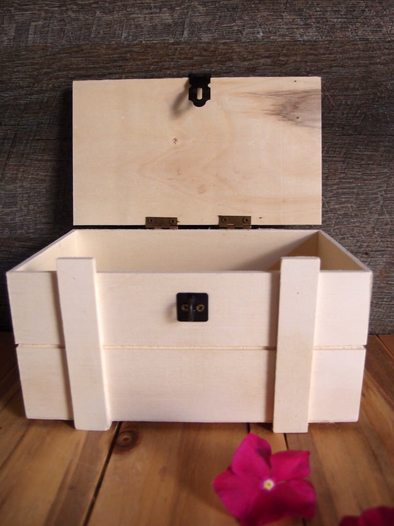 hinged lid pallet storage crate 7 5