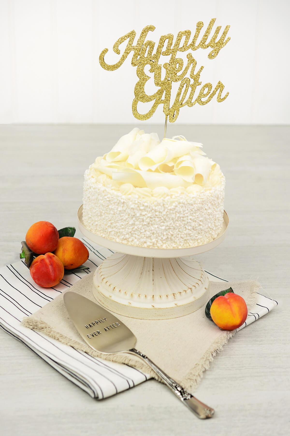 Happily Ever After Wedding Cake Set