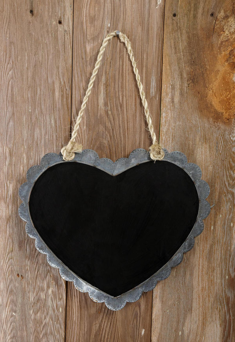 chalkboard heart 16x14in