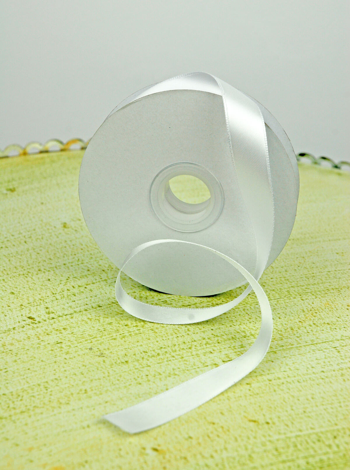 Double Face White Satin Ribbon 5/8in x 25 yds
