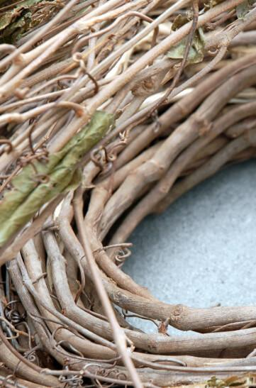 "Natural Grapevine 35 foot Garland ( 3"" thick)"