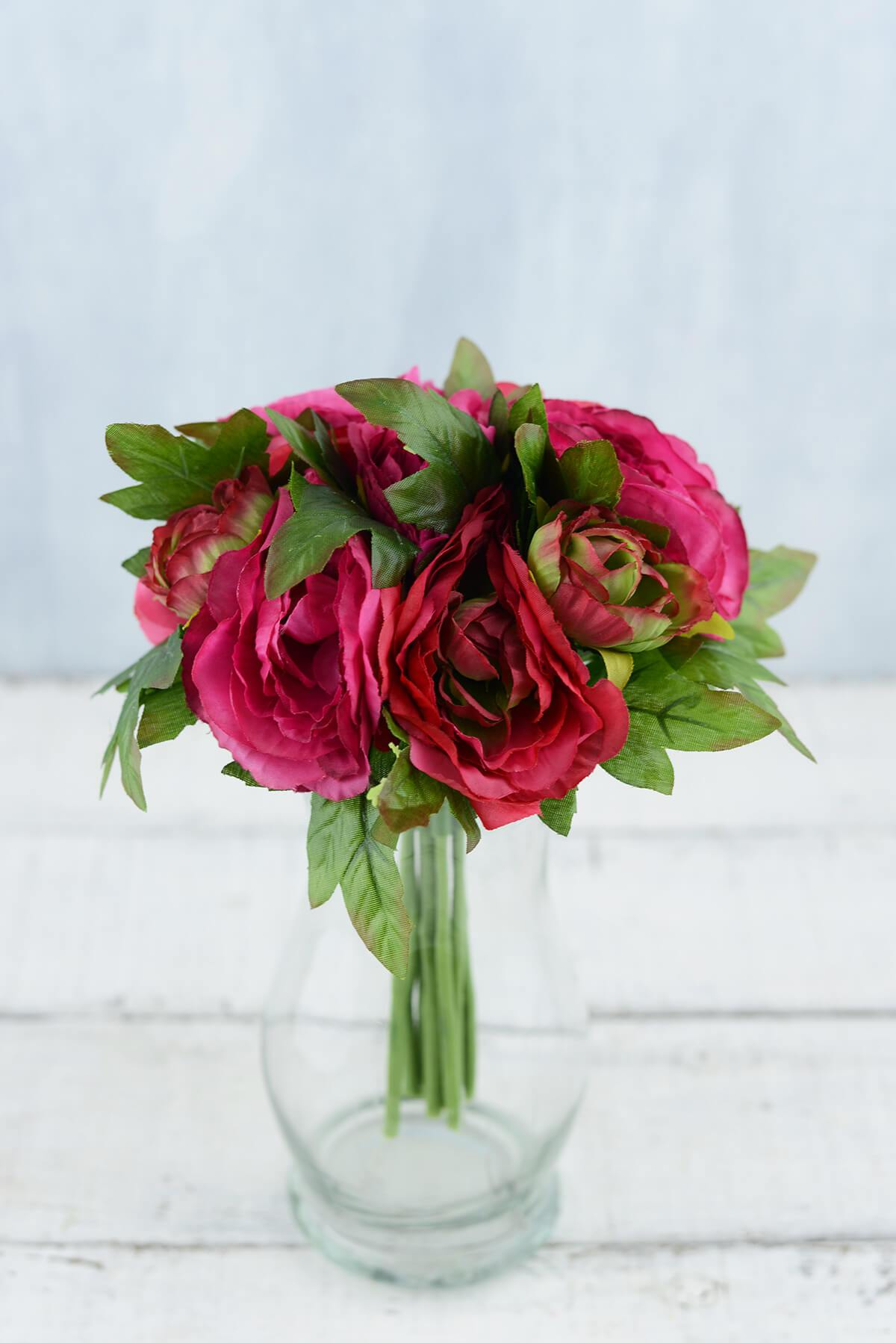 ranunculus bouquet 8in