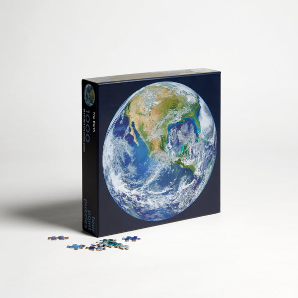 """Earth"" 1,000 piece jigsaw puzzle"