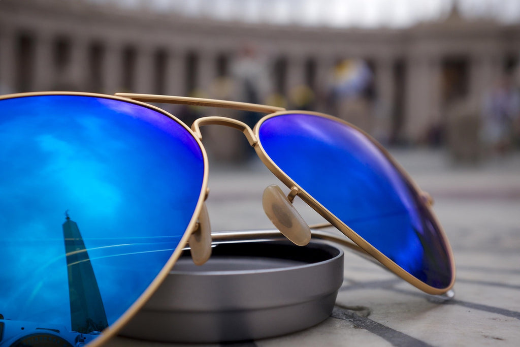 The difference between polarized sunglasses and UV sunglasses. See 3 up and coming sunglass brands from modern to classic glasses we recommend this summer 2020.