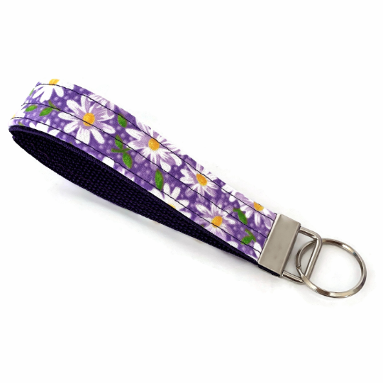 Daisy Light Purple Key Chain Wristlet