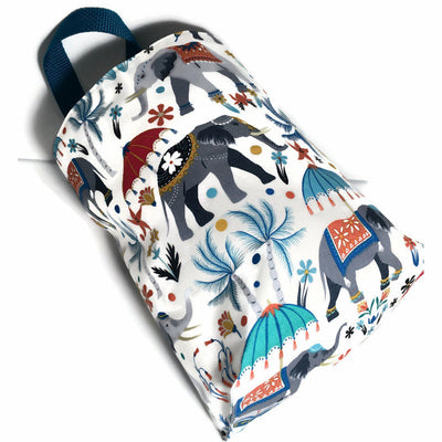 Elephant Car Trash Bag - Wipe Clean Lining - Car Litter Bag with Handle - Soft Bag