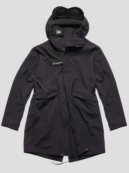 C.P. Shell Fishtail Parka in Black