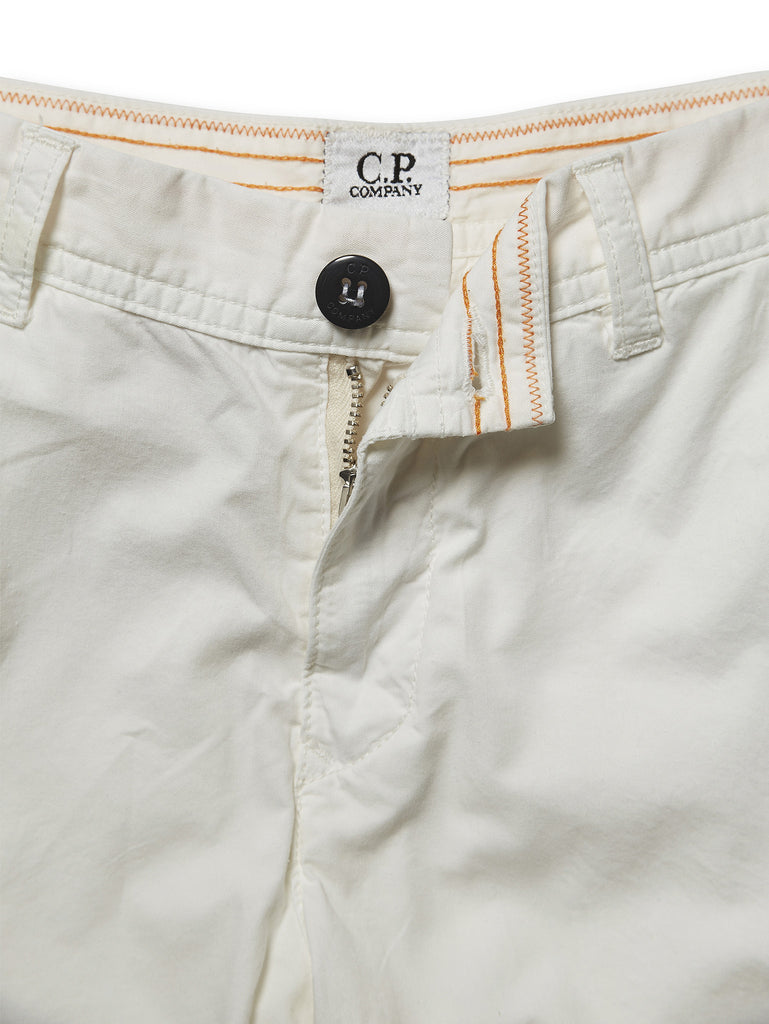 Undersixteen Bermuda Shorts with Lens Viewer in White
