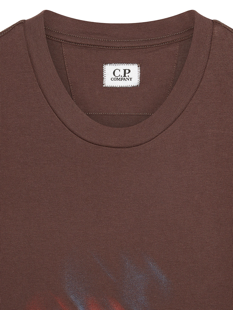 Jersey 20/1 Diagonal Blur Logo T-Shirt in Peppercorn