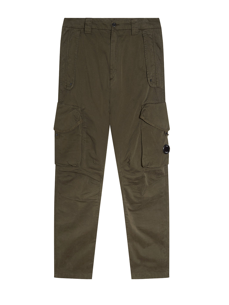 Garment Dyed Sateen Lens Cargo Pants in Olive Nght