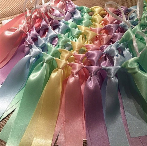 Ribbon Chair Backs Garland - Pastel