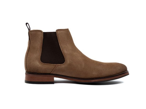 Guilford Plain Toe Chelsea Boot