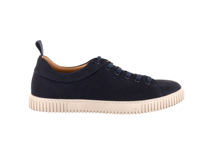 Aurora Plain Toe Lace Up Sneaker