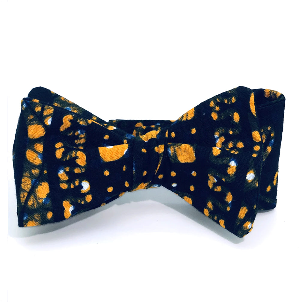Abstract Batik Bow Tie