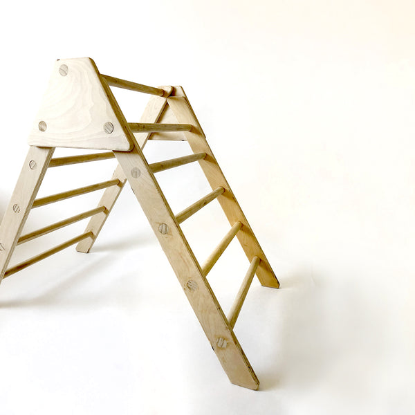Climbing Toy: Pikler Triangle