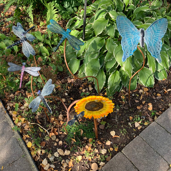 "6"" Sunflower garden stake with floating dragonfly and bee"