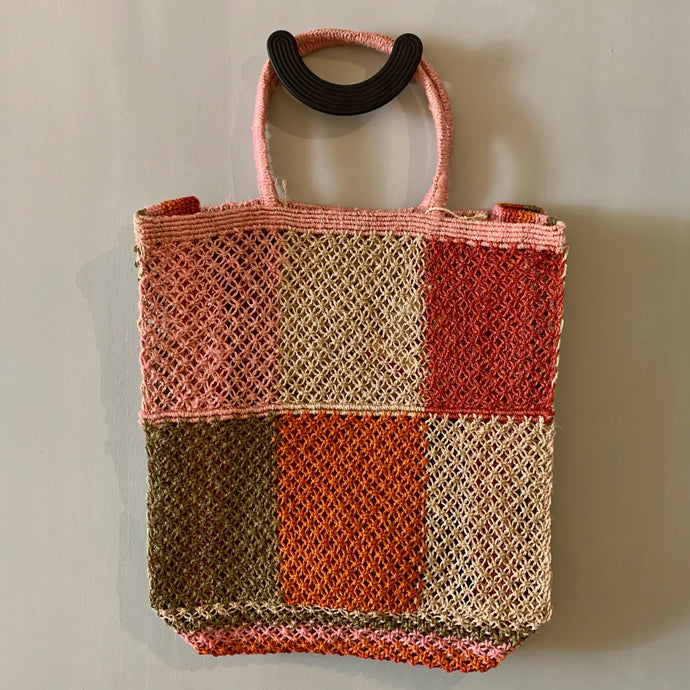 Jute macramé bag with patchwork design and pink handles-Bags-Maison Bengal-Animo Store