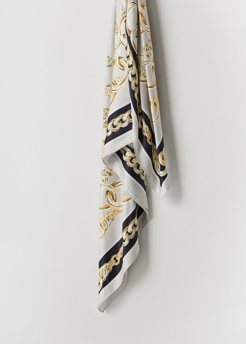 Chain printed scarf