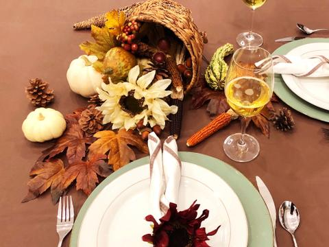 Tips for the Perfect Thanksgiving Tabletop Centerpieces