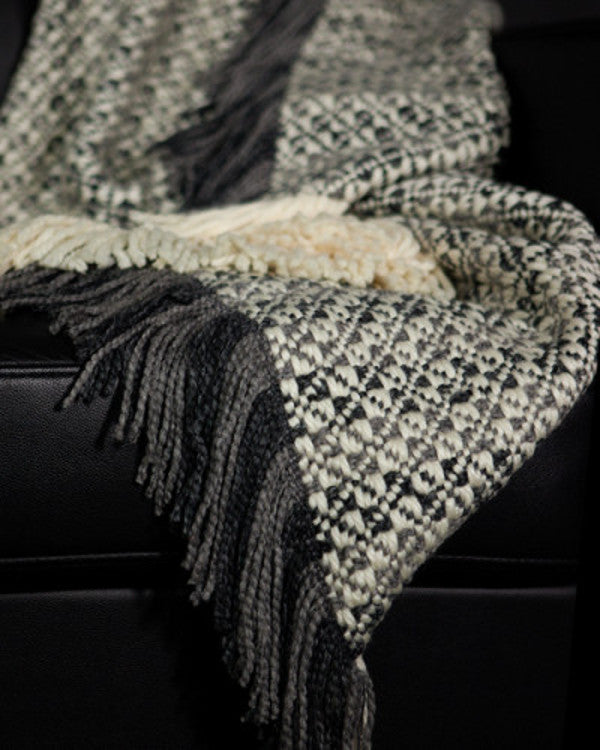 classic woven blankets