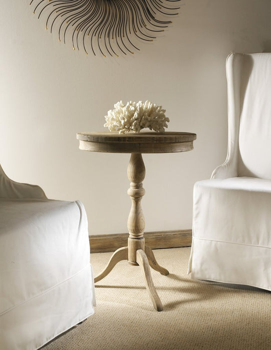 Padma's Plantation Round Side Table - Trovati
