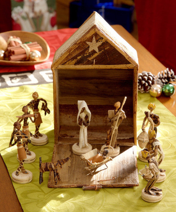 Swahili Banana Fiber Nativity Stable Set  - 3