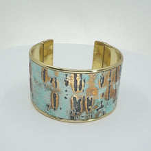 Load and play video in Gallery viewer, Leather Cuff Bracelet - Turquoise Driftwood, Gold Metallic