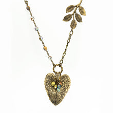 Load image into Gallery viewer, Vintage Style Leaf Pendant - Cottonwood Leaf Style I - UrbanroseNYC
